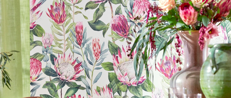 Sanderson Glasshouse 2019 065 King Protea Wallpaper