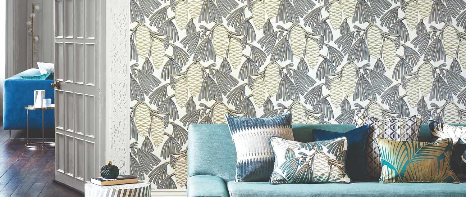Harlequin Salinas grey and white wallpaper in sitting room