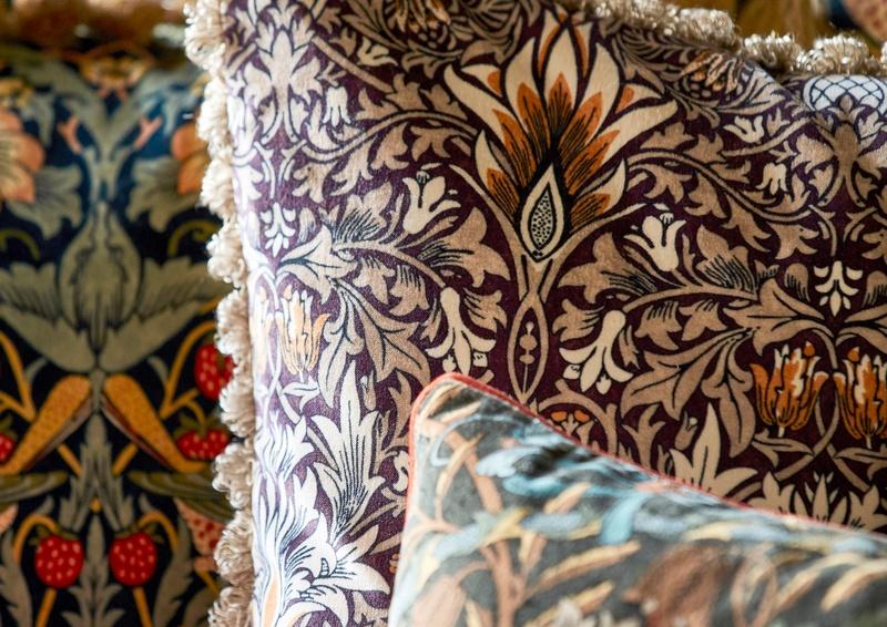 Morris 2019 Rouen Velvet 06 cushions